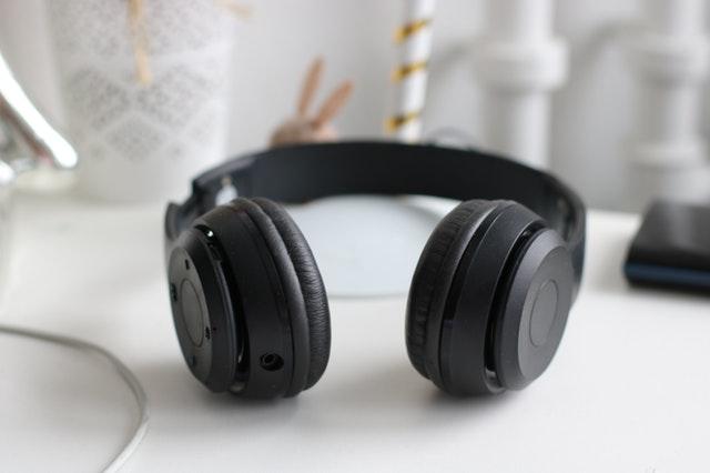 אוזניות אלחוטיות Sennheiser HD 4.50 BTNC: מתחרות ראויות ל-Bose במחיר טוב יותר